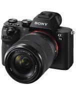 Sony A7 Mark II + FE 28-70mm f/3.5-5.6 OSS -järjestelmäkamera